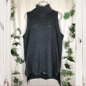 Merona Sleeveless Turtle Neck Gray Sweater!